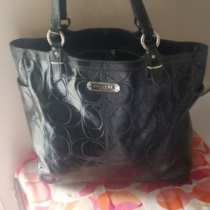 Coach large patent leather tote bag black